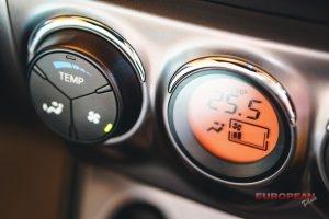 electronic car heater dials